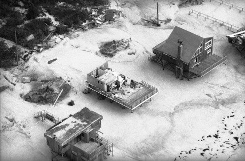 Hurricane Gloria devastation on Fire Island, New York, 28 Sept 1985. (AP Photo/Rick Maiman)