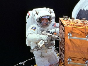 The astronaut as an Outback handyman or handywoman